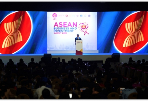 Thai PM pushes for ASEAN 4.0 regional digital connectivity