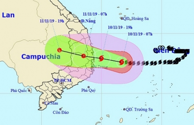Typhoon Nakri to hit mainland tonight and weaken