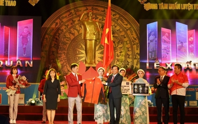 Ceremony sees off Vietnamese sport delegation to SEA Games 30