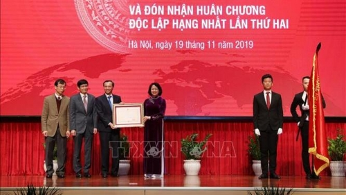 State Committee on Overseas Vietnamese Affairs honoured with Independence Order