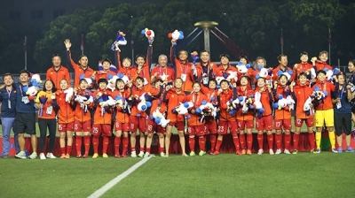 Vice President congratulates national women's team on SEA Games success
