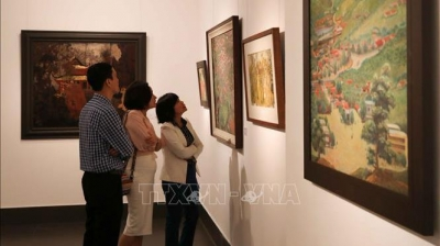 Exhibition greets new spring and Lunar New Year