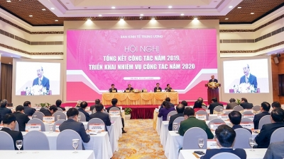 Central Economic Commission urged to take lead in orienting Vietnam's development
