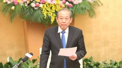 Deputy PM Binh attends 50th WEF meeting in Davos