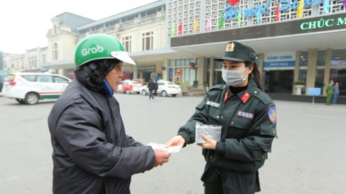 Hanoi: Thousands of free face masks provided for the public