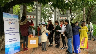 Hanoi's relic sites reopened to serve visitors