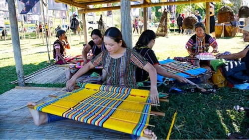Traditional crafts in Lam Dong province