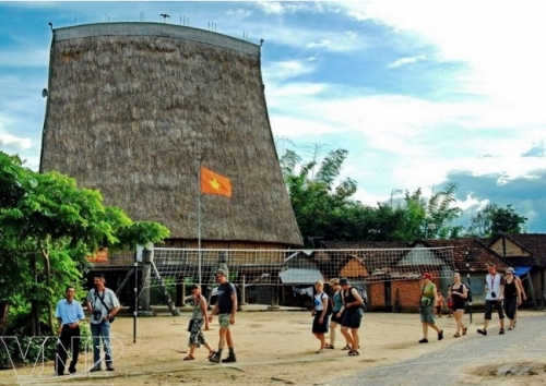 Preserving cultural identity to boost Kon Tum province's tourism
