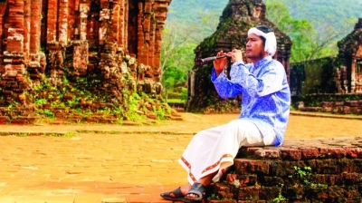 Joint efforts to preserve Cham culture
