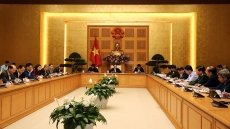 Vietnam continues tightening 'defensive line' against Covid-19