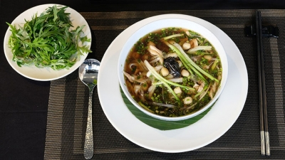 'Pho' cooked with medicinal plant materials: A strange combination but it really works