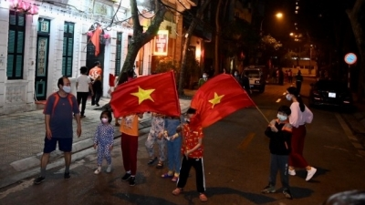 Hanoi: Truc Bach neighbourhood rejoicing as medical lockdown lifted