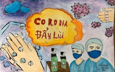 High-school students draw paintings on repulsing COVID-19