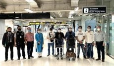 Seven Vietnamese citizens stranded at Thai airport brought home