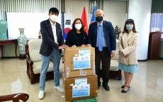 Face masks donated to Vietnamese community in ROK