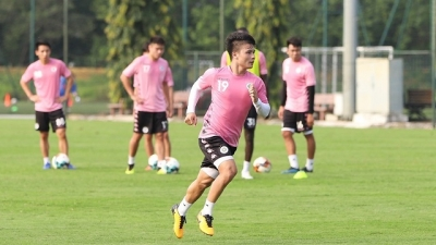 Vietnamese midfielder in Fox Sports poll for Asian Front Three