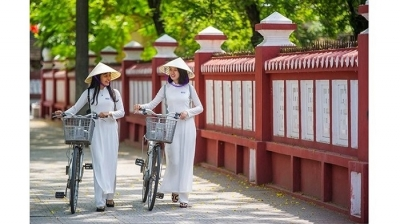 Seminar seeks to promote values of Vietnamese ao dai