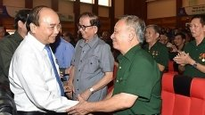 PM applauds 70-year tradition of Vietnam's youth volunteer force