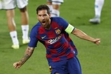 Messi helps Barca sink Napoli to reach last eight