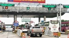 Electronic toll collection system launched on Hanoi-Hai Phong Expressway
