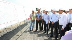 Deputy PM inspects progress of Long Thanh Airport project