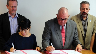 Belgium-supported organisations sign commitments for environmental stability