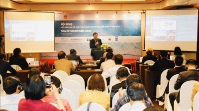 Vietnam hosts international conference on tackling plastic waste pollution in oceans