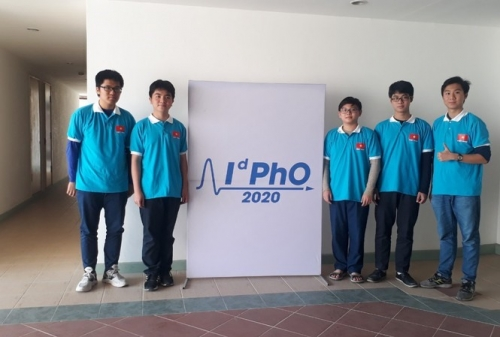 Vietnam wins five gold medals at IdPhO 2020