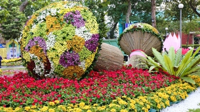 Ho Chi Minh City prepares for spring flower festival