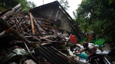 Indonesian president orders Java rescue efforts after quake kills 8