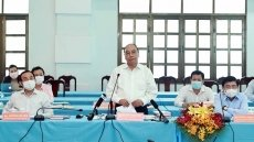 State President holds working session with Cu Chi, Hoc Mon districts in HCM City