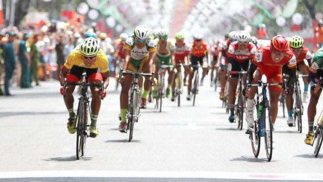 Tai wins overall yellow jersey at trans-Vietnam cycling tournament