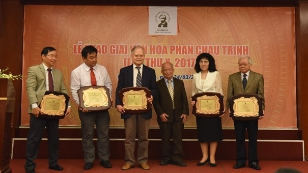Phan Chau Trinh Awards honour contributors to Vietnam's culture and education