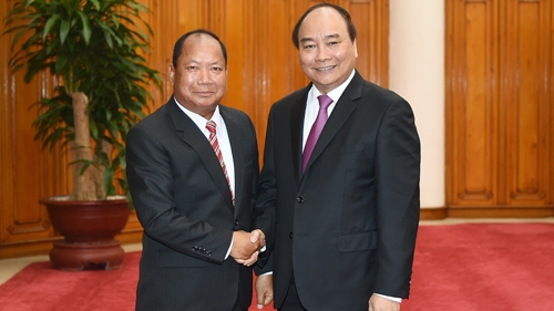 Vietnam strengthens ties with Laos and Cambodia