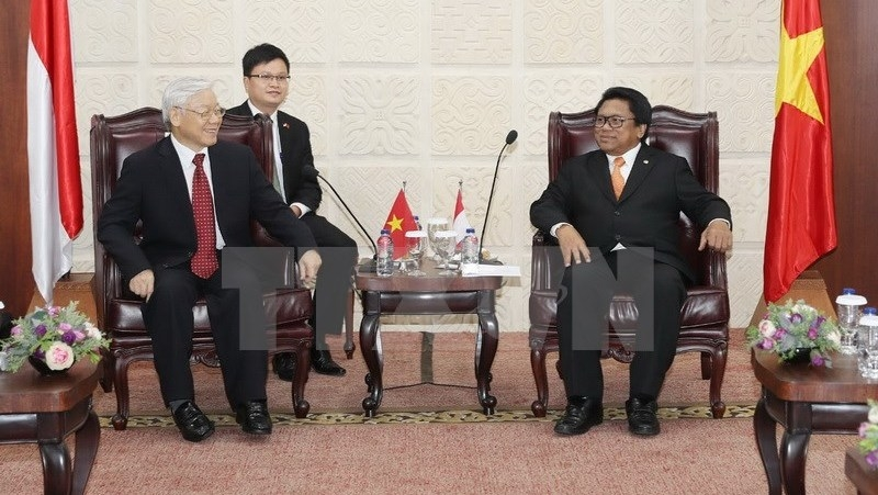 Vietnam, Indonesia set trade target of $10 billion during Party chief's visit