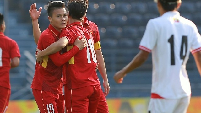 9fc523e2fb28d1 10) shone in Vietnam U-23 s 4-0 win over Myanmar U-23 in the opening game  of the M-150 International Friendly Football Tournament