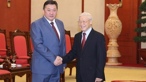 Vietnam, Mongolia urged to strengthen relations