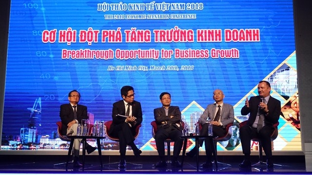 Experts optimistic on Vietnam's economic prospects for 2018
