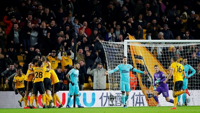 Boly heads in dramatic late equaliser as Wolves draw 1-1