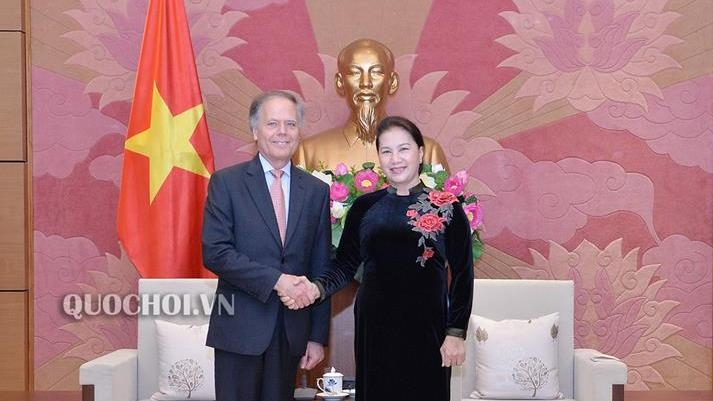 Top Legislator Hails Growing Vietnam-Italy Strategic