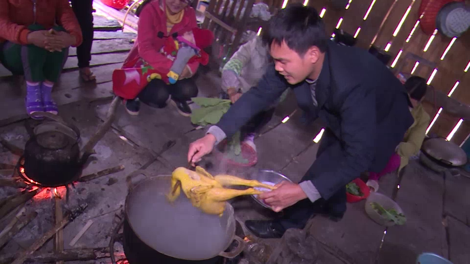 [VIDEO] Tay people of Cao Bang province celebrate traditional Tet